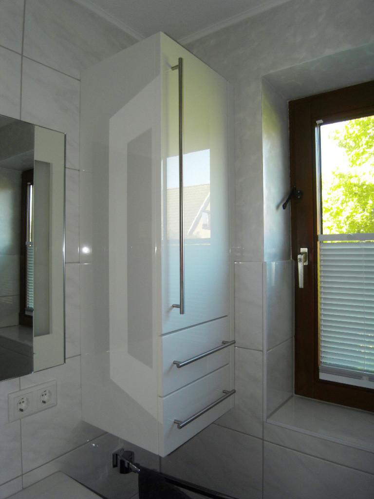 die m belmacher ohg badm bel. Black Bedroom Furniture Sets. Home Design Ideas